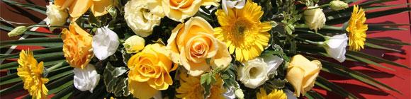 Schillernder Blumenstrauß