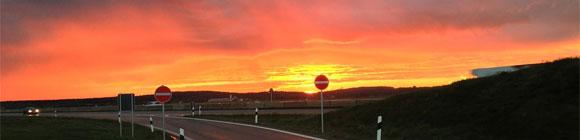 Am Horizon sichtbare Morgenröte